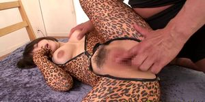 Flexible japanese cosplay babe gets fingered