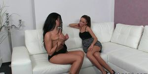 Hot amateur licking pussy of female agent