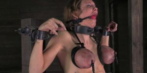 TT sub punished by pussy and tit clamps