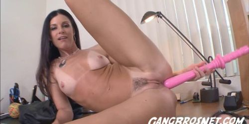 Long Huge Toy and Dick Makes Sexy India Summers Cum