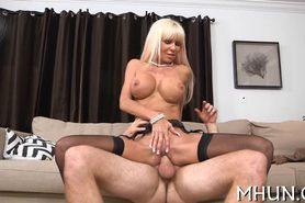 Hot MILF gets fully satisfied
