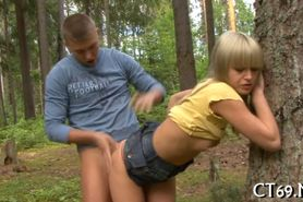 Teen babe pleases her stud