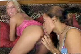 Latina girl gives hot blond a rimjob