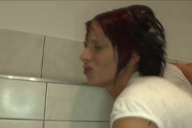 Piss guzzling pee hooker gets railed