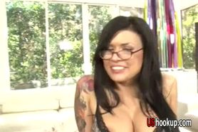 Eva Angelina working for that facia