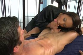 Sexy masseuse blowjob oral