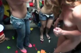 College Girls Suck Dick As Team At Dorm Room Party