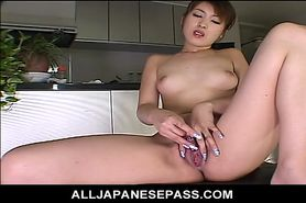 Sweet and wild MILF toys her pussy after soaking down h