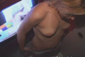 Dirty Blonde Amateur Girl Sucking Stranger At Glory Hol
