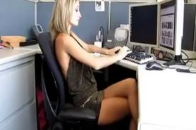 Gorgeous Amateur Babe Gets Fucked In The Office