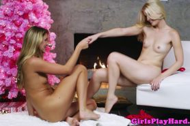 Jessie Andrews munching on wet box