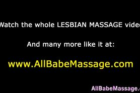 Babe cums for hot masseuse