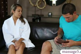 Newbie latina masseuse Sophia Torres gets nailed at the
