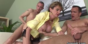 Unfaithful English Mature Gill Ellis Shows Her Massive