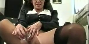 Tight pussy getting creampied