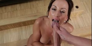 COMPILATION VOL 2 - 5X AMAZING DEEPTHROAT BLOWJOBS!