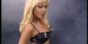 Kelly Stript