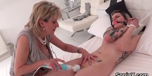 Unfaithful Uk Milf Gill Ellis Presents Her Massive Boob