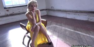 Adulterous british mature lady sonia pops out her monst