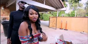 Ebony phat ass Nikki Ford get black fucked