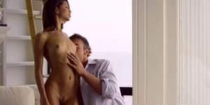 Petite babe Veronica Rodriguez gives bj