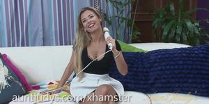Alana Luv Vibrates Her Sexy Mature Pussy
