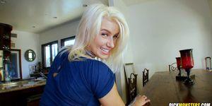 Best White Girl Ass On The Planet Annikka Albrite Loves