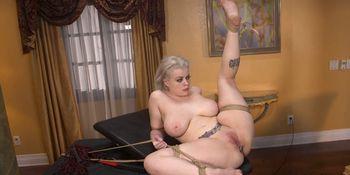 Boss Derrick Pierce ties huge tits blonde secretary