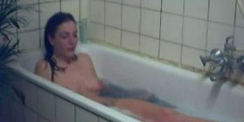 Hot Girl Fucking In The Bath Empflix Porn Videos