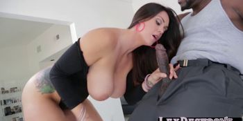 Lexington bangs Alison Tylers wet pussy using his black