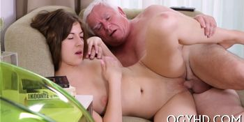 Old lover fucks young pussy