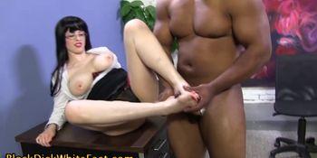 Spex slut feet spunking