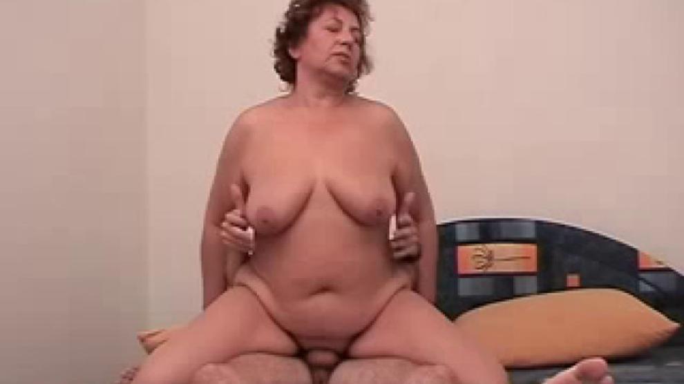 Coroa E Garoto Mature And Boy Mature Fat 8 Porn Videos