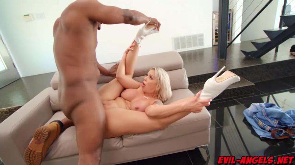 Big Tit Milf Sucking Cock