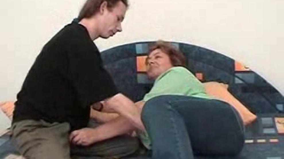 Coroa E Garoto Mature And Boy Mature Fat 1 Porn Videos