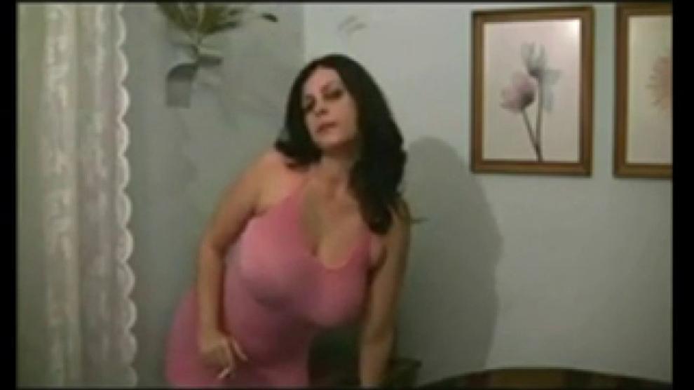 Babe Big Tits Braless Smoking Fetish