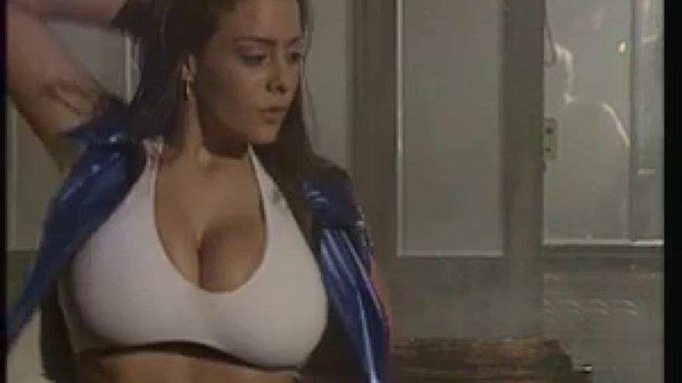 Linsey Dawn Mckenzie Pub Strip Show Porn Videos