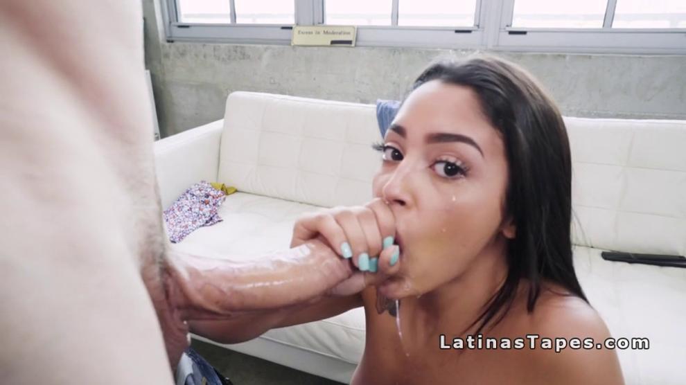 Thick White Girl Twerking Dick