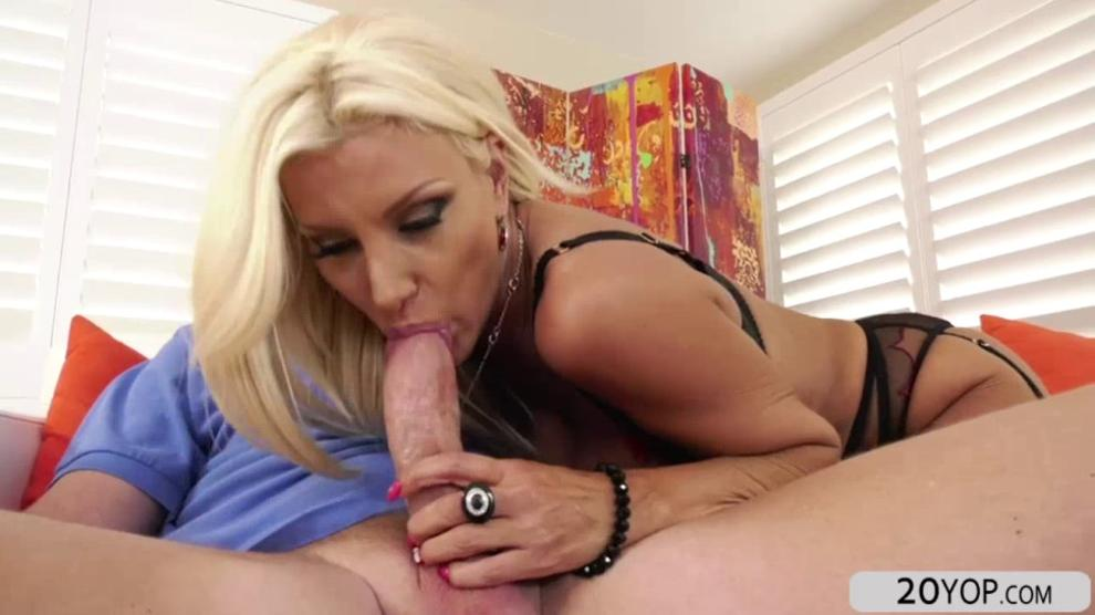 Blonde Babe Brittany Andrews Sucks His Cock 1