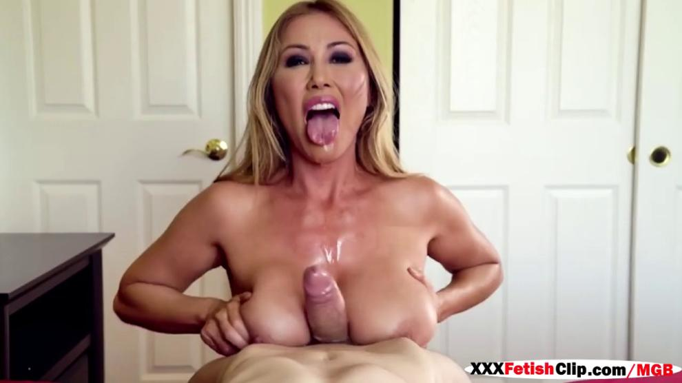 Kianna Dior New To The Mommy Got Boobs Girls Of Desire 1