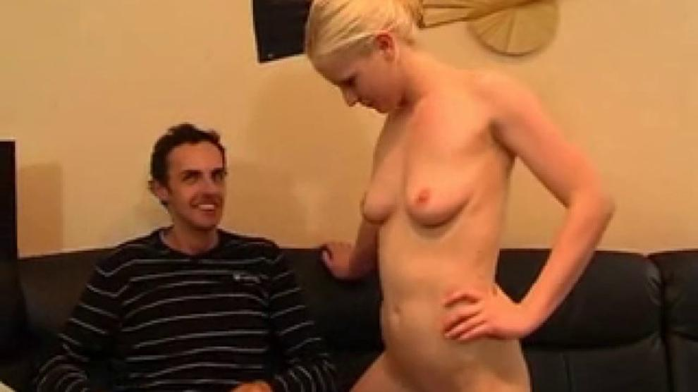 young German Teen shower and fucked Freundin jung