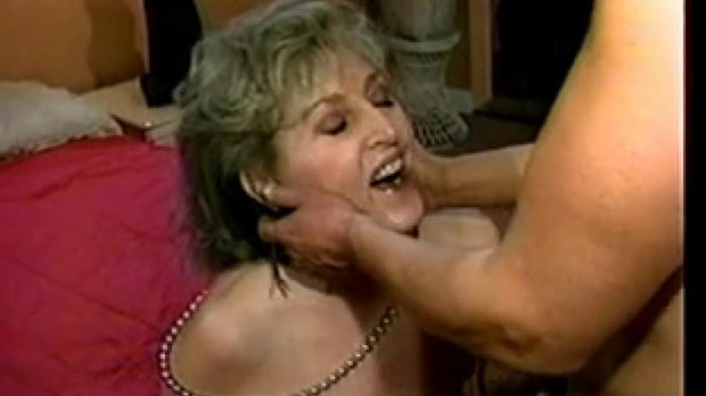 Kitty Foxx Porn