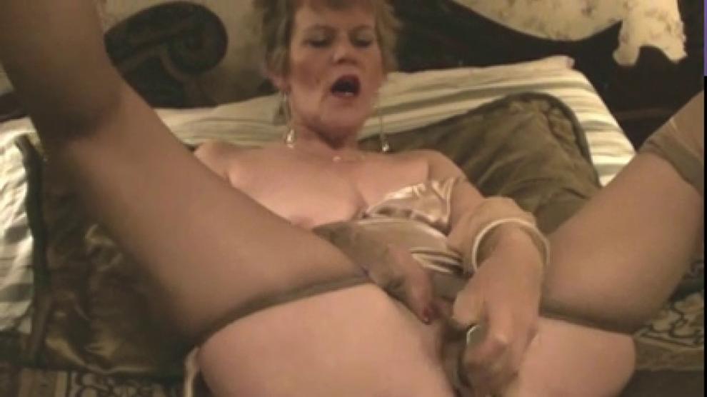 Old Lady Stockings Amp Dildo Masturbation Porn Videos