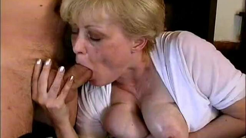 Old Milfs Getting Fucked