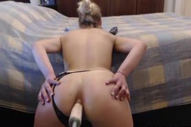Sexy Babe Spreads Ass Fucks Dildo on Webcam