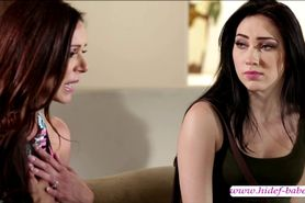 A Wild expert lesbian foreplay with Aria Alexander and