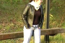 UK Girl Nimue desperate to pee