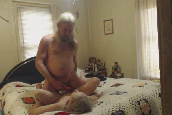 stariki-i-starushki-seks-skritaya-kamera-muzhikov-konchayut