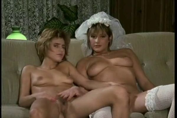 порно чертовски горячая невеста