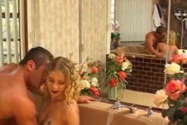 Blonde In The Bath Means Cockwork M22 Empflix Porn Videos